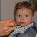 How to EASILY Make Your Own Baby Food {recipes included!}