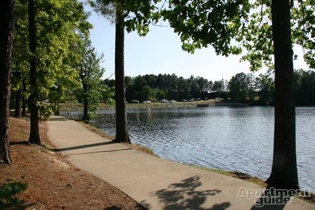 harison lake walking trail