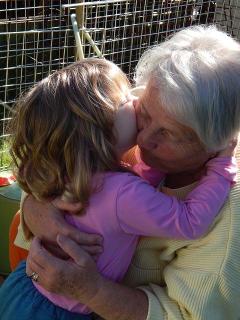 grandma-577494_640