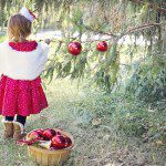Teaching Your Child the Art of Thankfulness This Christmas