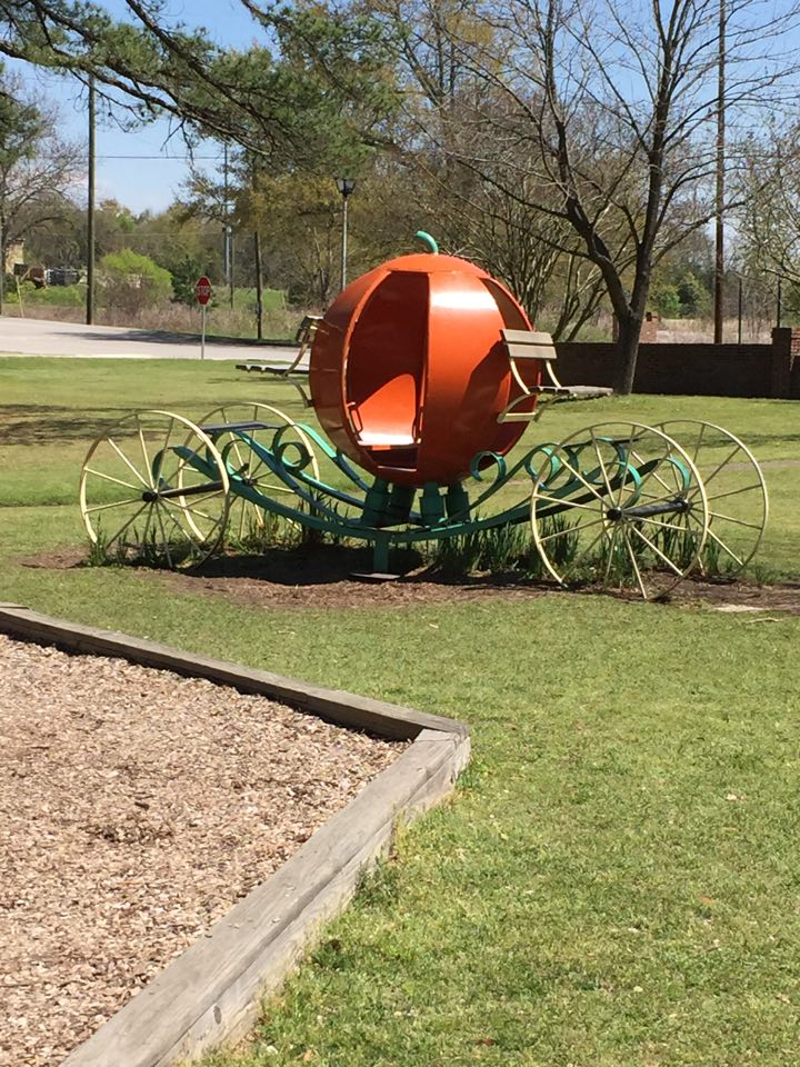 How adorable is the Cinderella carriage at Granby Gardens in Cayce?