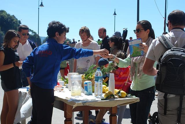 10 Ways to Volunteer With Kids - Columbia SC Moms Blog