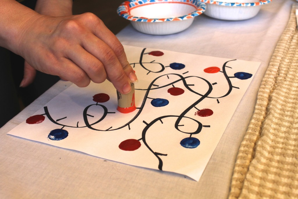 Looking for a holiday craft for your kids? We have you covered! {Columbia City Moms Blog}