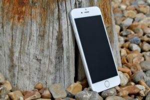 I Love You Phone, But We Need to Take a Break | Columbia SC Moms Blog