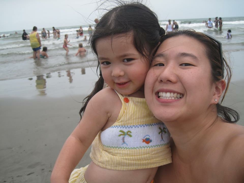 Day Trip to the Beach | 9 Fun Mommy Daughter Date Ideas Around Columbia | Columbia SC Moms Blog