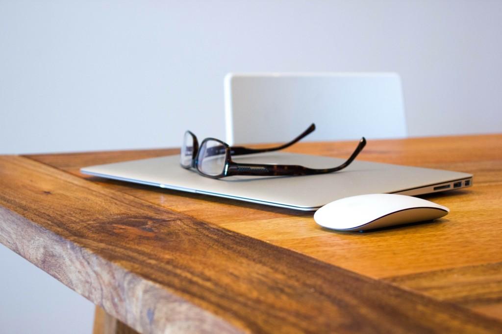 Macbook, laptop