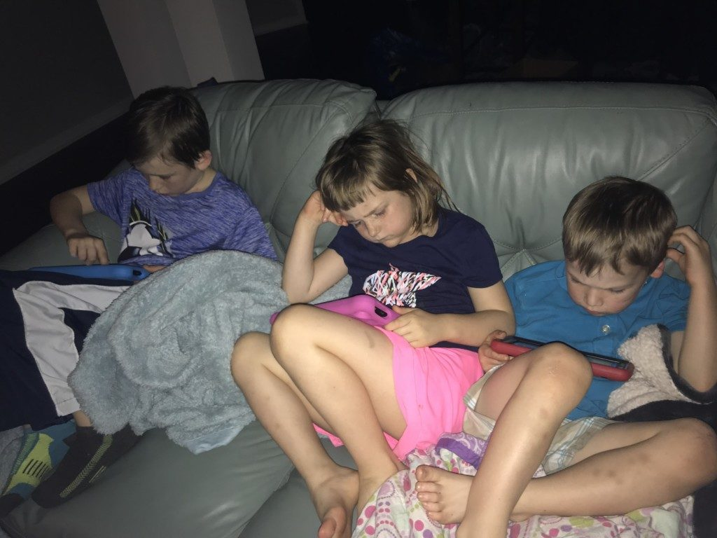Dinnertime Difficulties :: Benefits of Having a Later Mealtime | Columbia SC Moms Blog