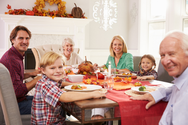 Holiday Season Hospitality :: Ways to Connect, Serve, & Volunteer | Columbia SC Moms Blog