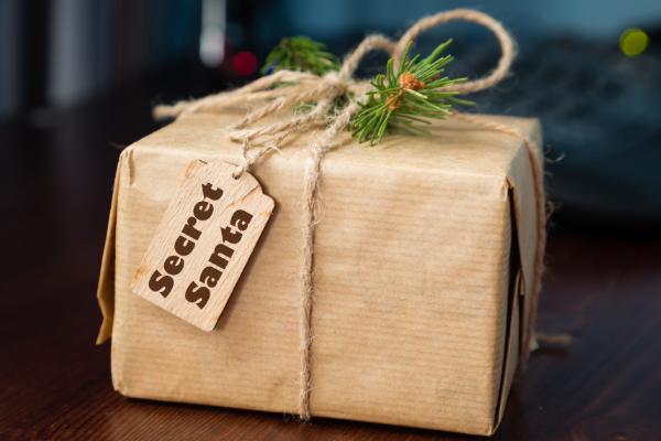 10 Unique Gift Ideas For Your Secret Santa   Columbia SC Moms Blog